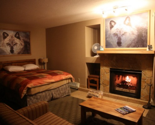 Hotel and Resort Photography Banff Rocky Mountain Resort Hot Spot Location