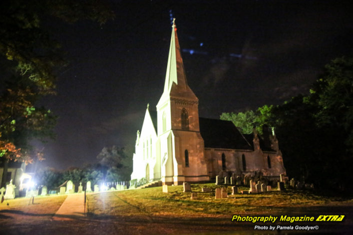 Several orbs flying above the church in Spotswood New Jerseywith bright lights.