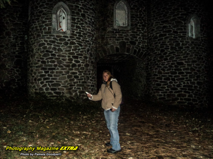 Photography Magazine Extra N.Y. Castle Ghost hunting pages
