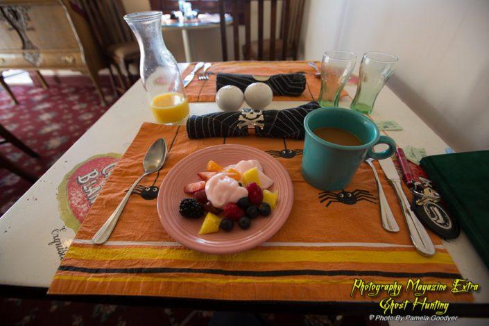 Breakfast at the Ghost City Inn, Jerome Arizona